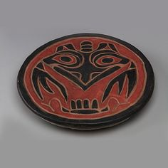 Platter (clay and paint) 1924-30, Emily Carr