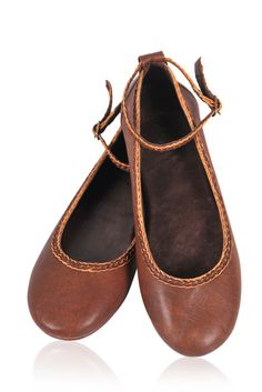 ELF. Vintage brown leather ballet flats
