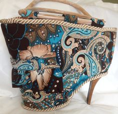 Amazing the talent some people have,,,,here's a recycled Shoe Purse  Unusual Upcycled Unique Shoe by junquete, $139.00