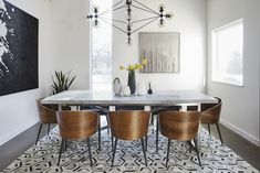 benjamin moore-super white Top Interior Designers Reveal Their Go-To White Paint Blanc Benjamin Moore, Benjamin Moore Super White, Marble Dinning Table, Modern Dining Table, Dining Rooms, Best White Paint, White Paint Colors, Wall Colors, Home Design