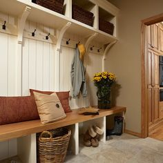 Mudroom Design Ideas, Pictures, Remodel, and Decor - page 9 LOVE this one!