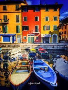 Brenzone sul Garda, Verona province, Veneto, Italy. https://www.facebook.com/TurismoInVeneto/photos/a.464169081326.249037.315155561326/10153822215216327/?type=3&theater