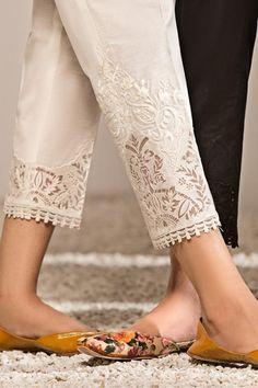 Simple Kurti Designs, Stylish Dress Designs, Stylish Dresses, Pakistani Fashion Party Wear, Pakistani Dress Design, Fashion Terminology, Indian Bridesmaid Dresses, Eastern Dresses, Sleeves Designs For Dresses