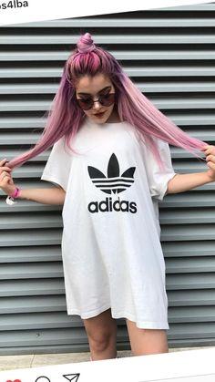 Rosalba Andolfi Baddie Hairstyles, Girl Hairstyles, Hair Inspo, Hair Inspiration, Girl Hair Colors, Aesthetic Hair, Grunge Girl, Hair Arrange, Italian Girls