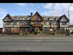 Review- Altrincham Lodge Manchester Airport http://www.youtube.com/watch?v=KikD4IkJKY4=plcp