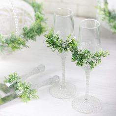 Pre New Year spring mood from DiAmoreDS) Albeit it is winter and cool in the street, our company wants to convey a bit of a spring mood with our new Collection) Happiness to you and your family) #weddingday #wedding2017 #weddingtrend2017 #greenerywedding #bride #greenwedding #greeneryweddingdecor #weddingflutes #weddinginspiration #greenery #weddingglasses #cakeset #weddingbasket #weddingknife #weddingringpillow #ringpillow #springwedding