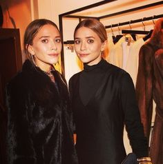 Olsens Anonymous Blog Mary Kate Ashley Olsen Instagram Spotting Vogue Germany Ig The Row Presentation Fur Coat Satin Dress Drop Earrings Beauty photo Olsens-Anonymous-Blog-Mary-Kate-Ashley-Olsen-Instagram-Spotting-Vogue-Germany-Ig-The-Row-Presentation-Fur-Coat-Satin-Dress-Drop-Earrings.jpg