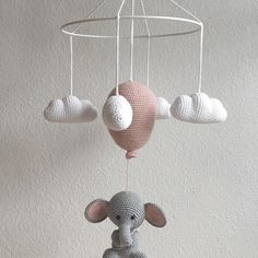 Crochet Baby Mobiles, Diy Baby, Baby Room, Crochet Projects, Kids Room, Elephant, Baby Shower, Diy Crafts, Knitting