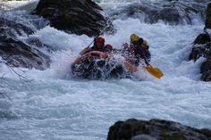 Rafting en los ríos que descienden de los Picos de Europa.