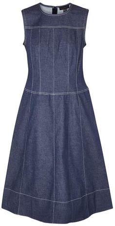 Shop for Donna Karan Indigo Contrast-stitch Denim Dress at ShopStyle. Sweatshirt Outfit, Donna Karan, Simple Dresses, Dresses For Work, Demin Dress, Short Frocks, Mode Jeans, Dress Attire, Professional Dresses