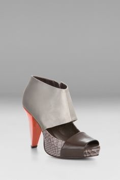 Hottest BCBG shoes ever made!