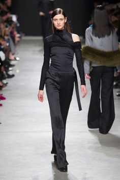 awesome Inspiration Mode - Guy Laroche Fall 2017source:TheImpression.comPhoto/Imaxtree Check more at https://listspirit.com/inspiration-mode-guy-laroche-fall-2017sourcetheimpression-comphotoimaxtree-14/