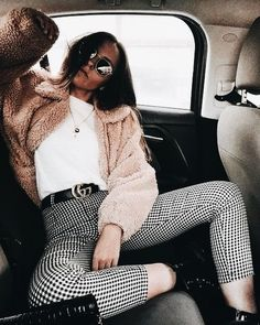 Checkered pants. Fall/winter fashion trends ❤️ pinterest: @Ajlamoonlight