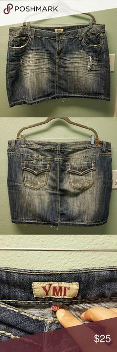Women plus size denim mini skirt!! Super cute women's plus size denim mini skirt!! YMI Skirts Mini