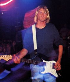 Kurt Cobain at The Roxy Theatre, West Hollywood, CA, US. August 15th, 1991