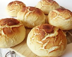 Tigris zsömle Bread Recipes, Cake Recipes, Bread Dough Recipe, Hungarian Recipes, Bread Rolls, Soul Food, Food To Make, Food And Drink, Snacks