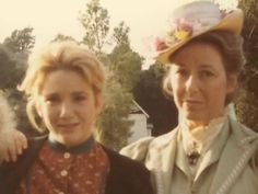 Laura e Caroline Ingalls Family, Heartland Cast, Michael Landon, Laura Ingalls Wilder, Old Tv Shows, Family Goals, Classic Tv, Little Houses, Best Tv