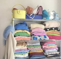 outfits with bralettes Room Ideas Bedroom, Bedroom Inspo, Zen Bedroom Decor, Dream Rooms, Dream Bedroom, Chambre Indie, Pastel Room, Pastel Decor, Indie Room