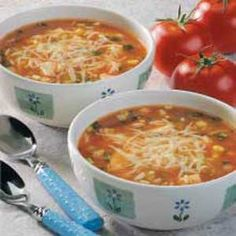 Spicy Chicken and Rice Soup... so easy and extremely delicious! Chicken Rice Soup, Salsa Chicken, Chicken Corn Chowder, Shredded Chicken, Soup Recipes, Chicken Recipes, Cooking Recipes, Yummy Recipes, Key Ingredient