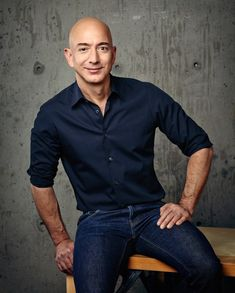 Jeff Bezos Daily Routine And Workout Plan - Health Yogi Bill Gates, Trident, Intresting Facts, Viral Trend, Successful People, Successful Business, Famous Celebrities, Looks Style, Biography