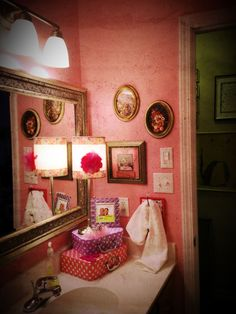 New pinky girly bathroom!!