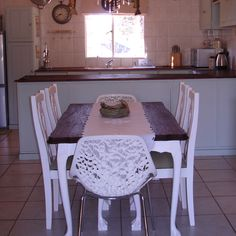 lovely idea, the two modern chairs at each end is a brilliant touch Modern Chairs, Decor, Table, Renovations, Rustic Dining Table, Furniture, Kitchen, Home Decor, Dining Table