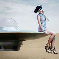 WE ARE SO DROEE:  Space Odyssey.. www.fashion.net