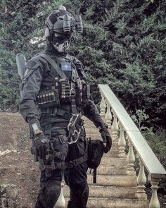 Combat Armor, Combat Gear, Military Special Forces, American Special Forces, Military Gear, Military Weapons, Tactical Equipment, Tactical Gear, Special Forces