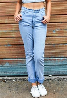 f49445402bb New   Vintage Women s Jeans
