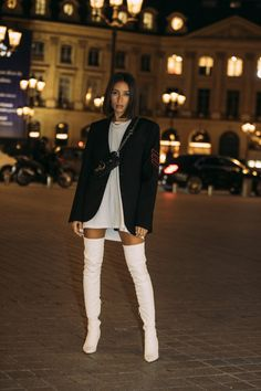 Alexandra Guerain, membre de la ZV TRIBE au défilé Zadig&Voltaire Spring-Summer 20 French Girl Style, My Style, Street Fashion Show, Over Boots, Winter Trends, Autumn Street Style, Fashion 2020, Spring Summer Fashion, Trendy Outfits