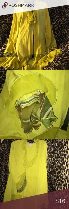 Della Reese Silk Poet Shirt Size 14 Feel touched by An Angel in this free flowing chartreuse silk poet shirt with detachable ruffles on the sleeves Della Reese Tops Button Down Shirts