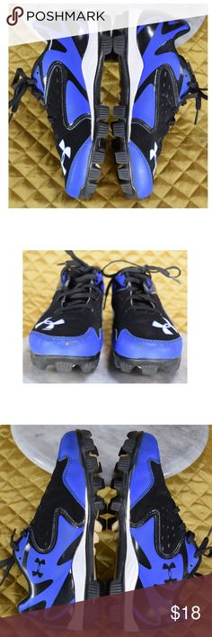 Under Armour LEADOFF Boys 4Y Baseball Cleats This is a pair of boys blue baseball cleats in good pre-owned condition! Shows some normal wear, mostly on the toes. See photos!   **If you appreciate old school quality - you're in the right place. We don't just sell products, we put time & work into them. We ship FAST, usually within 1 business day! Thanks for Poshing in my Closet! 🙂😘 Under Armour Shoes