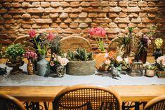 Decoração do Celeiro Quintal por Lamore & Co para evento Bate-Papo e Chá de Cozinha Noiva Ansiosa + Tupperware. #weddingdecor #decoraçãodecasamento #decor