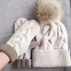 WEBSTA @ labrezzastudioknitting - #hat#cap#sweater #cool#fashion#шапка#шапочка#норка#купитьшапку#магазинодежды#knitwear #шапкаспомпоном#knit#beanies #сумка#вязаниеназаказ#вязание#knitting#свитер #handmade#подарок#повязкавязаная#вещилабрезза#мода#вязанаяшапка#musthave#вяжутнетолькобабушки #вязаныйсвитер#варежки#beanie