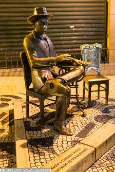 The statue of Fernando Pessoa outside A Brasileira, Lisbon, Portugal