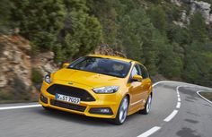 Ford Focus ST: foto,