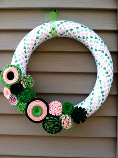 St. Patricks Day Wreath - Green & Pink Shamrock Ribbon decorated w/ felt flowers. Shamrock Wreath - St. Patty's Wreath - Ribbon Wreath.