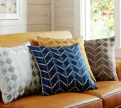 Drawing its influence from the traditional Indian folk art of Phulkari embroidery, this lustrous pillow cover's geometric design is created by stitching vibrant cotton threads together in an alternating pattern. Diy Pillows, Decorative Pillows, Throw Pillows, Cushions, Charles Eames, Phulkari Embroidery, Indian Embroidery, Embroidery Ideas, Parking Design