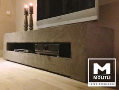 Een brok stoerheid in de vorm van lichtgewicht beton. Op maat gemaakt door Molitli Interieurmakers. www.molitli-interieurmakers.nl
