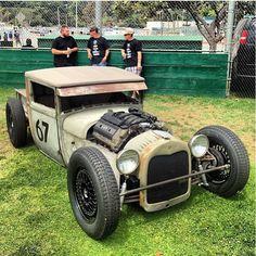 Hot Rodz & Pinups BMW Motor