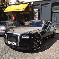 Soulmate24.com Rolls Royce Ghost!  Awesome photo by @TomBadier … #sportscar #exotic #ghost #exoticcar #likeforlike Mens Style