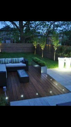 Contemporary Patio Small Design, Pictures, Remodel, Decor and Ideas page 21 is part of Deck garden - Small Backyard Gardens, Small Backyard Landscaping, Outdoor Gardens, Landscaping Ideas, Small Backyards, Small Garden Decking Ideas, Small Back Gardens, Inexpensive Landscaping, Outdoor Garden Lighting