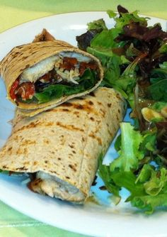Grilled Chicken and Veggie Wrap - Healthy Brown Bag Lunches from Nutrition Experts - Shape Magazine Healthy Dishes, Healthy Cooking, Healthy Eating, Cooking Recipes, Vegetarian Recipes, Healthy Recipes, Healthy Meals, Yummy Recipes, Easy Meals