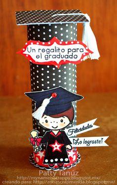 My Name is Scrappy=My Name is Patty Tanúz: ...UN REGALITO PARA EL GRADUADO!!! Preschool Crafts, Fun Crafts, Diy And Crafts, Crafts For Kids, Graduation Crafts, Kindergarten Graduation, Toilet Roll Craft, Minnie Mouse Costume, Graduation Celebration