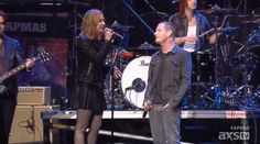 Corey Taylor performing with Halestorm at the 2015 APMAs