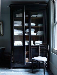Bathroom Cabinet - Towel Shelves - Dynamic Decor - Dark Interior - Masculine Aesthetic