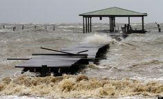 PHOTOS. Les dégâts provoqués par l'ouragan Isaac vus par les internautes du HuffPost