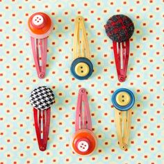 23 craft projects to make with buttons - I love buttons.
