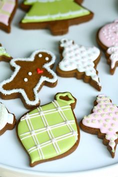 16 Amazing Gingerbread Christmas Crafts | Shelterness