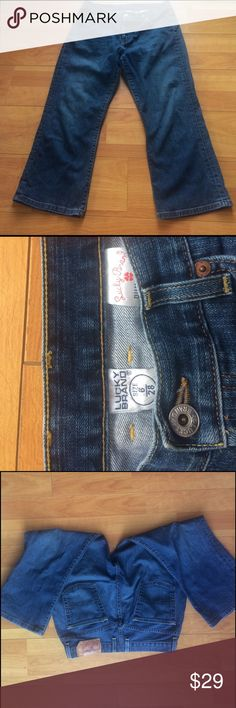 Free!✌️Lucky Brand Easy Rider Crop Jeans Beautiful jeans in great condition.                          Buy any pair of jeans with this ✌️and you can pick out another one from my closet for free! Lucky Brand Jeans Ankle & Cropped